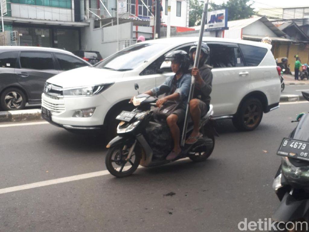 Wah, Ada Toyota Innova Hybrid di Jalanan Jakarta