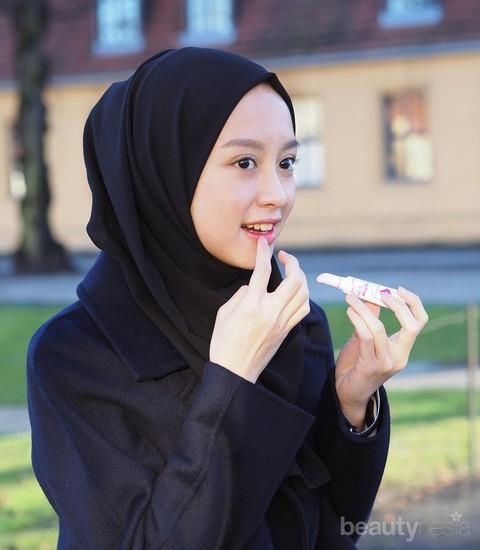 Tutorial Make Up Natural Untuk Para Remaja Berhijab Agar Tampil Segar Tanpa Berlebihan