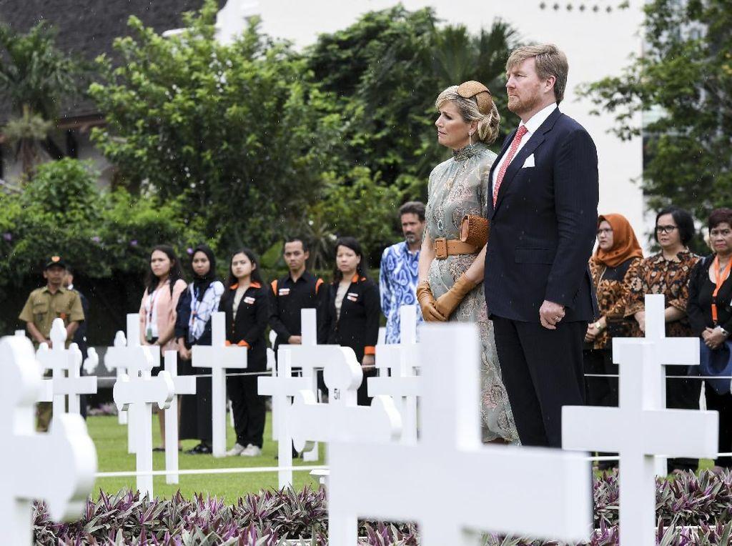 Raja Belanda Kunjungi Kuburan yang Indah Ereveld Menteng Pulo