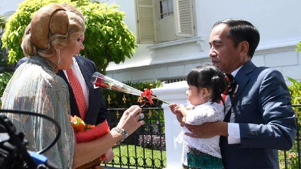 Iriana Jokowi saat bertemu dengan Ratu Belanda