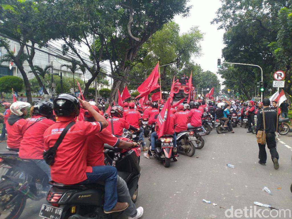 Demo Buruh di DPRD DKI Bubar, Jl Kebon Sirih Sudah Bisa Dilalui Kendaraan