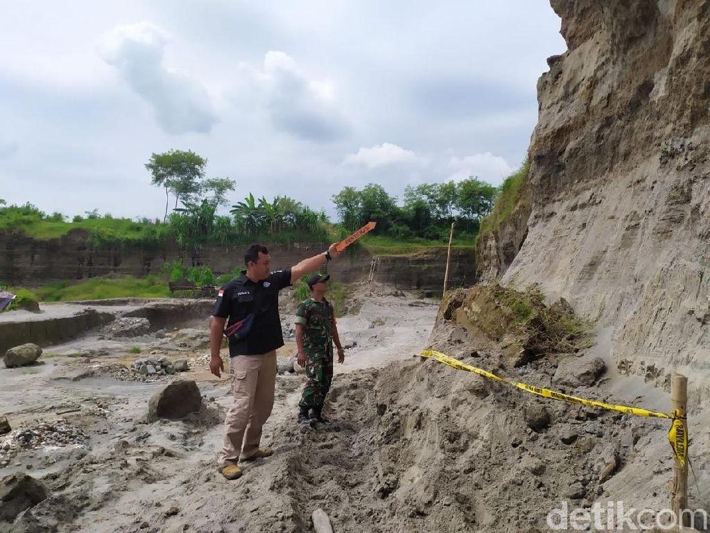 Seorang Pekerja Tambang Pasir di Mojokerto Tewas Tertimpa Tanah Longsor