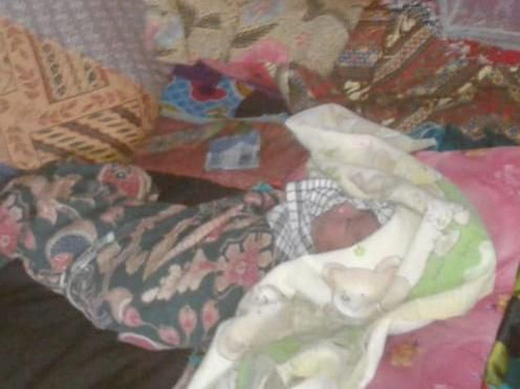 Bayi yang Lahir di Jalan Rusak Saat Ibu ke Puskesmas Dinamai Borojol