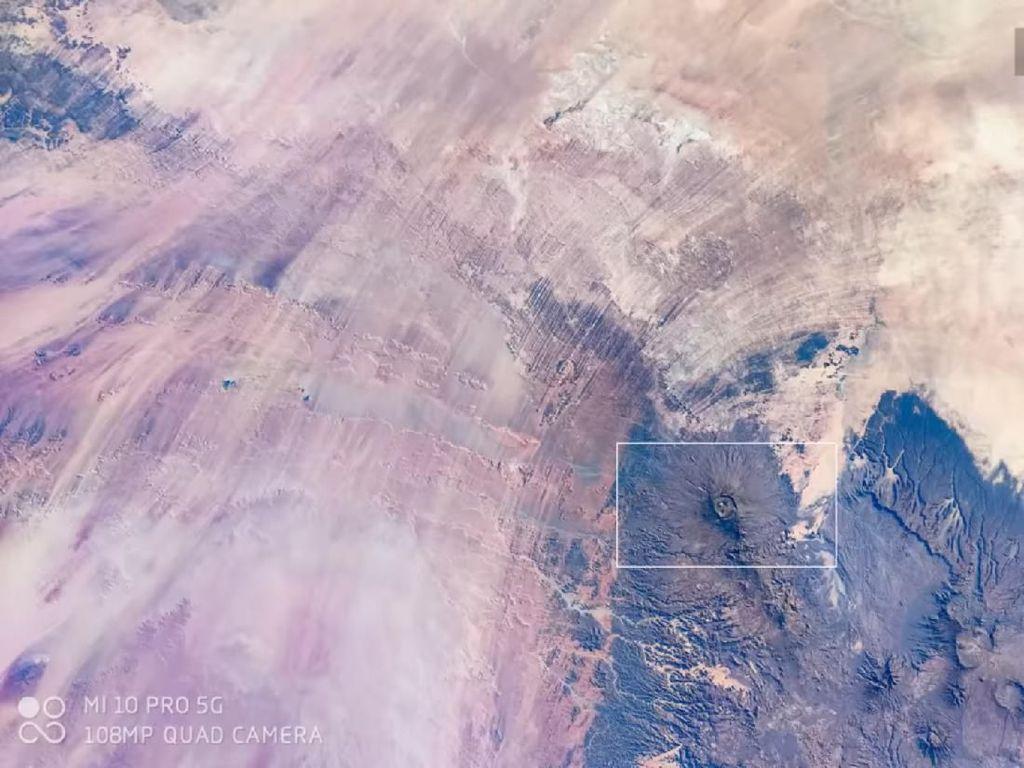 Foto Planet Bumi Dipotret dari Luar Angkasa Pakai Xiaomi Mi 10 Pro