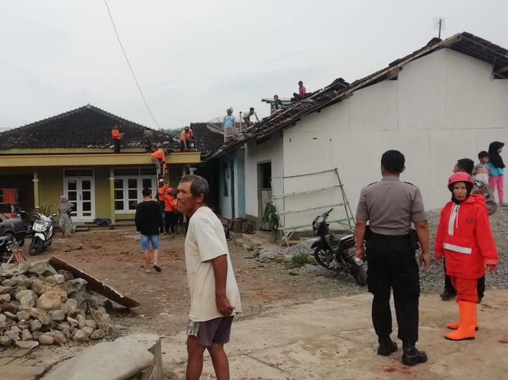 Angin Kencang Melanda Temanggung, BPBD: 26 Rumah Rusak