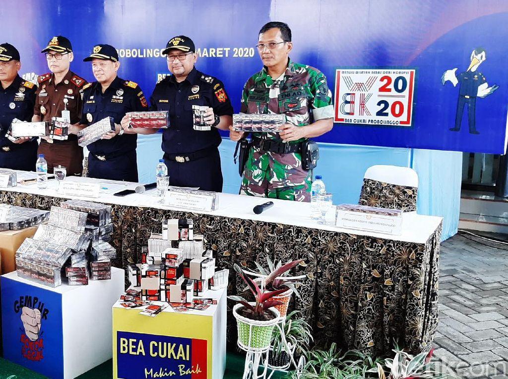 Bea Cukai Sita Jutaan Batang Rokok Ilegal Saat Gerebek Gudang di Lumajang