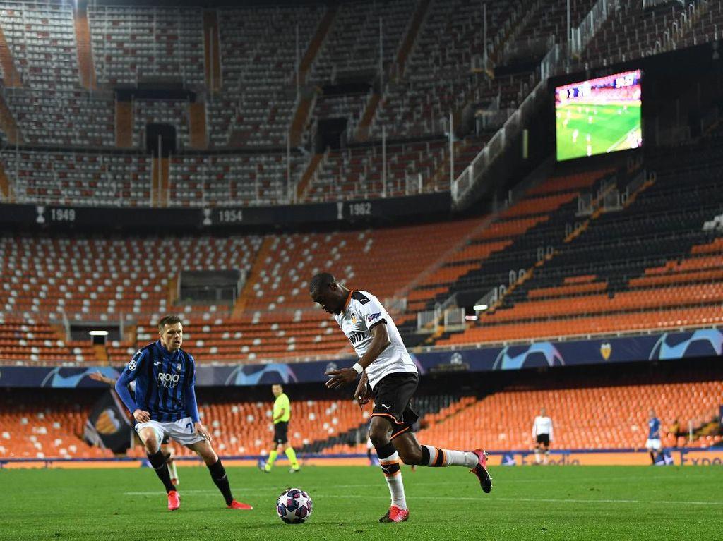 Digelar Tertutup, Duel Valencia Vs Atalanta Tetap Ditonton Satu Fan