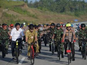 Bersepeda, Kakorlantas Survei Tol Manado-Bitung untuk Mudik Lebaran 2020