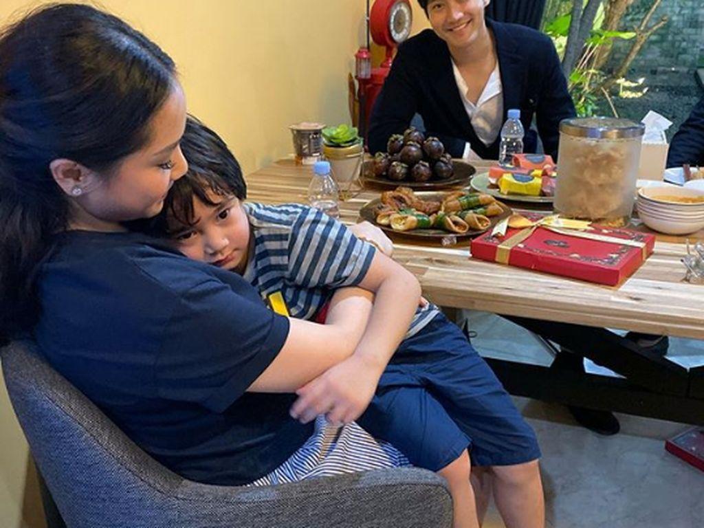 Penuhi Janji, Raffi Nagita Menjamu Siwon Choi Makanan Indonesia