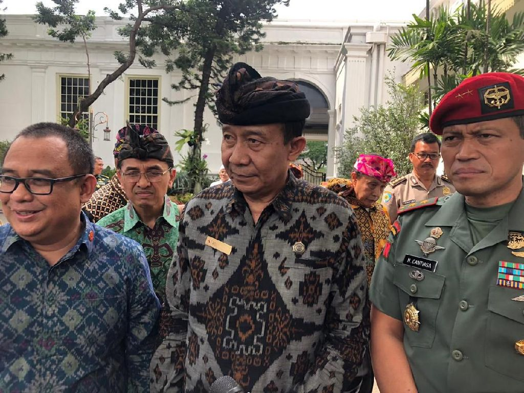 Ke Istana, PHDI Undang Jokowi Hadiri Dharma Santi Nasional 2020