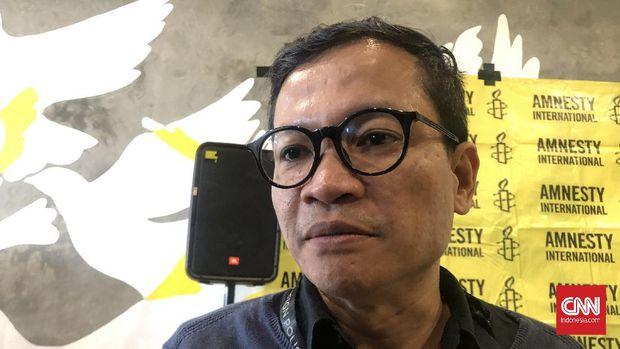 Direktur Eksekutif Amnesty Internasional Indonesia, Usman Hamid meminta agar pemerintah segera menghapus pasal-pasal warisan kolonial Belanda, Rabu (11/3).