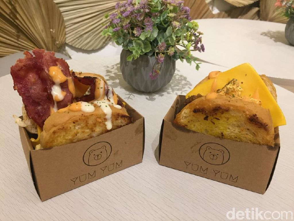 Yum Yum Toast, Lezatnya Sandwich Kekinian yang Bikin Kenyang
