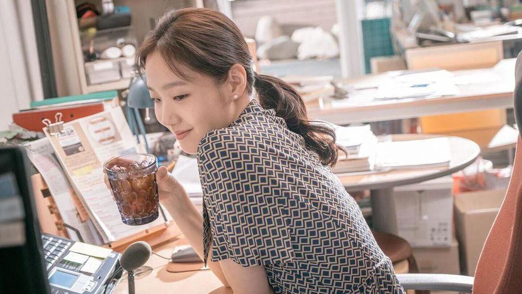Kim Go Eun, Lawan Main Lee Min Ho yang Doyan Salad hingga Kopi