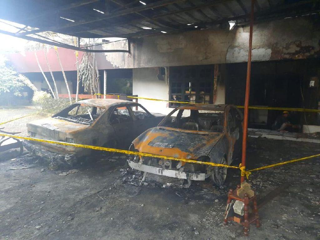 Polisi Dalami Motif Pelemparan Molotov ke Mobil Warga di Pulogadung
