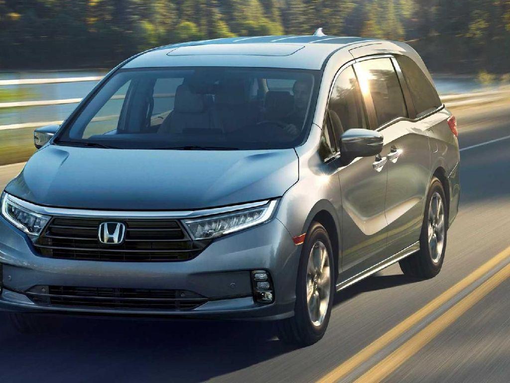 Honda Segarkan Odyssey, Siap Tantang Alphard?