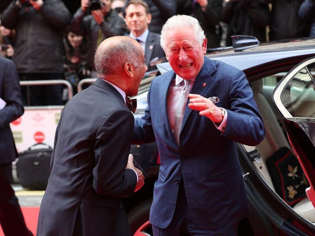 Rekam Jejak Pangeran Charles yang Positif Corona