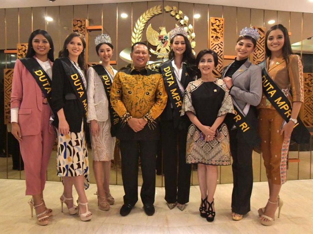 6 Finalis Puteri Indonesia Diangkat Jadi Duta Empat Pilar MPR RI