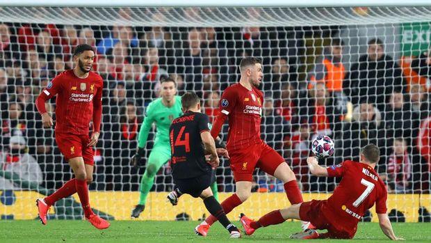Gol kedua Marcos Llorente ke gawang Liverpool