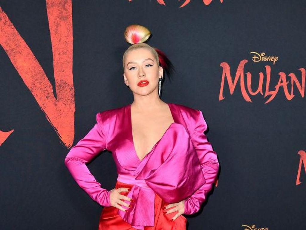 Berpisah dengan Manajer, Christina Aguilera Gabung ke Jay Z