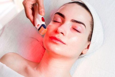 Healthy Habits For Women | Red Light Therapy