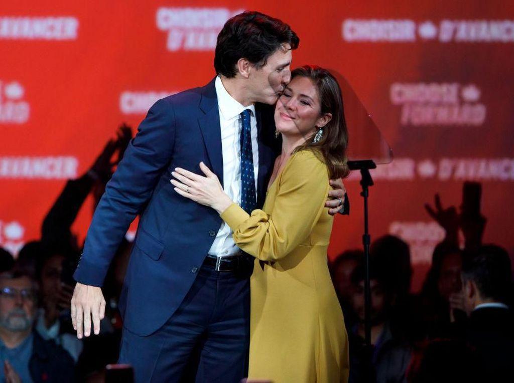 Istri PM Kanada Justin Trudeau Kena Corona, Ini Gayanya Saat Dampingi Suami