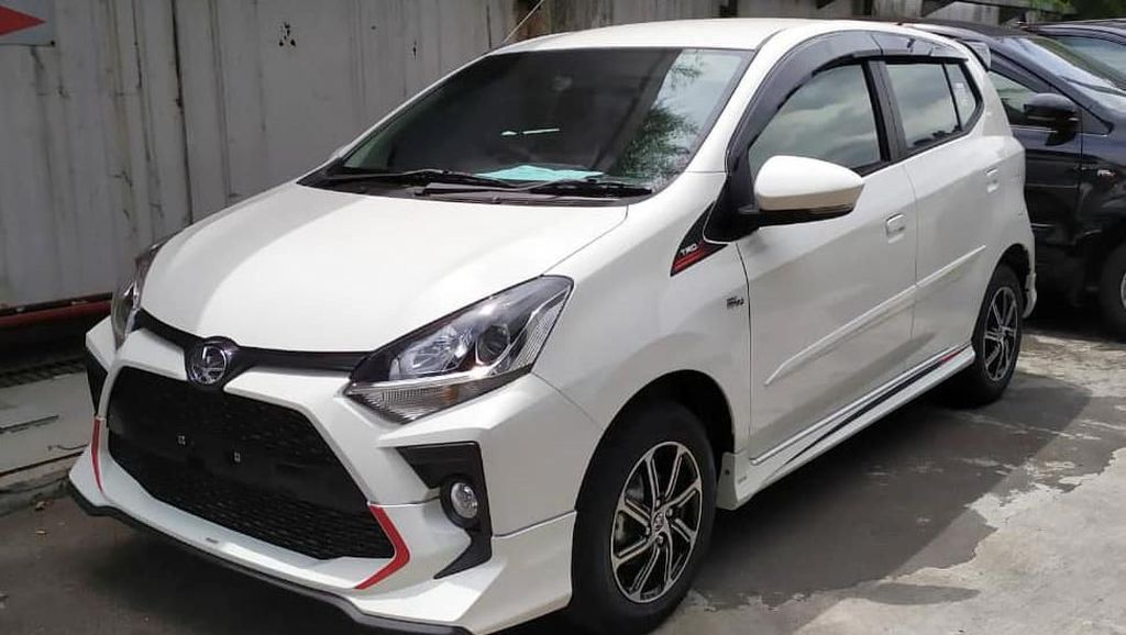 Penampakan Toyota Agya dan Daihatsu Ayla 2020