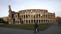 Positif COVID-19 Melonjak, Ancaman Lockdown Membayangi Roma