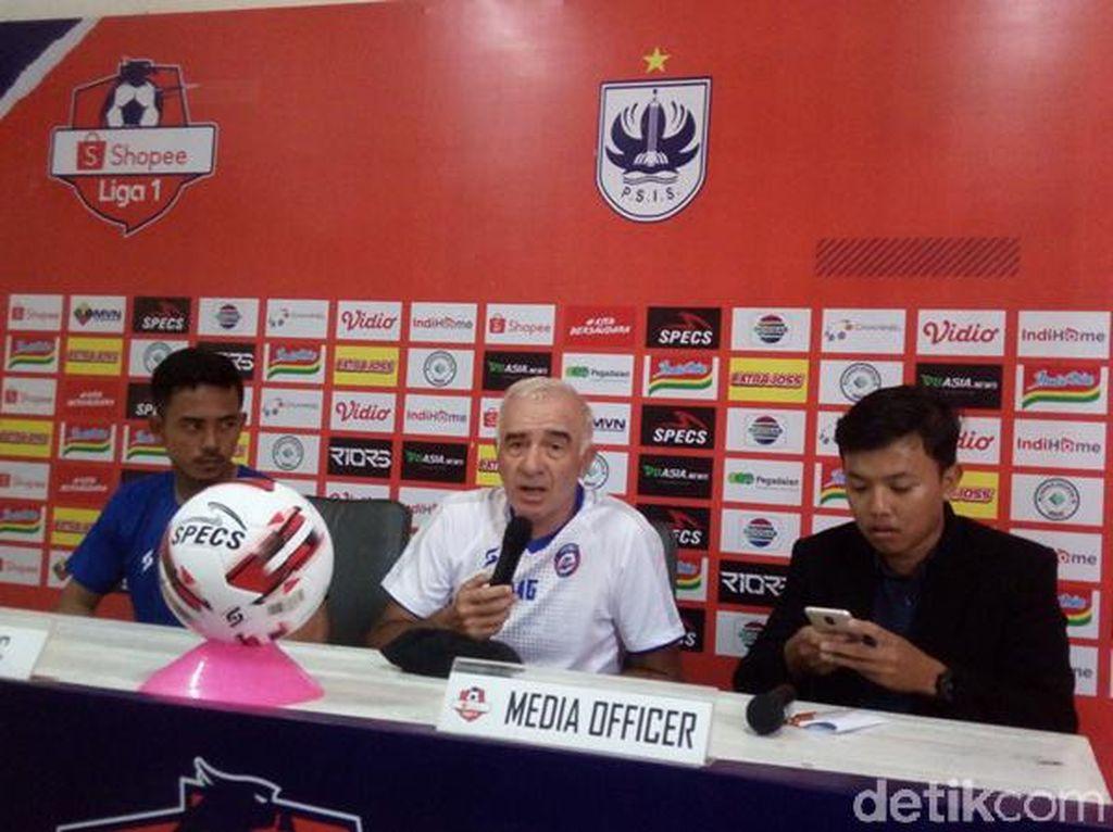 Arema FC Mencari Penebusan di Kandang PSIS Semarang