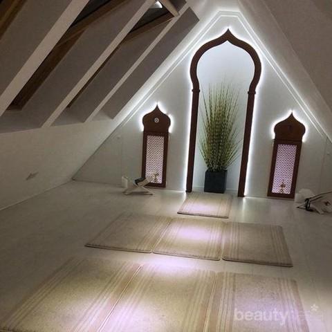 10 desain mushola cantik untuk rumah minimalis