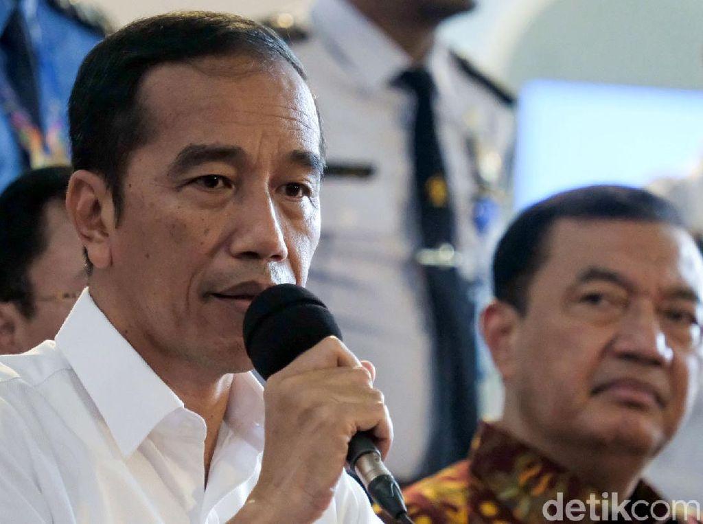 Jokowi Perintahkan Kepala Daerah dan BNPB Tentukan Status Bencana Corona