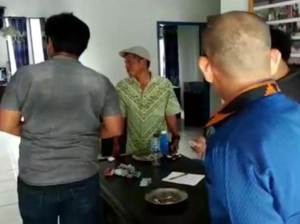 Main Judi Joker di Kantor Camat, Kades dan Dua ASN di Sultra Ditangkap