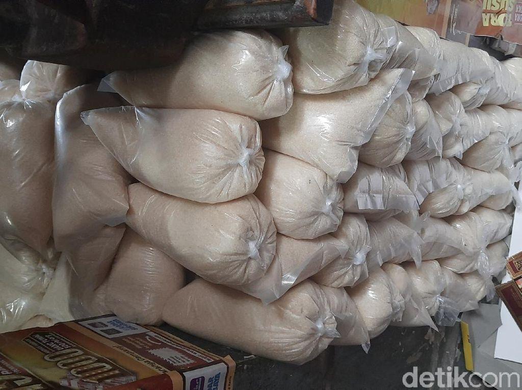 Petani Minta Importir yang Tak Serap Gula Dalam Negeri Disikat!