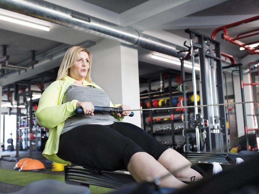 Curhatan Viral Wanita Gemuk yang Ditertawakan Saat Olahraga di Gym