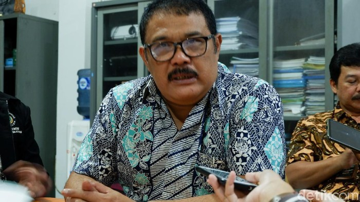 Sekretaris Dinas Pendidikan Kota Bandung Cucu Saputra