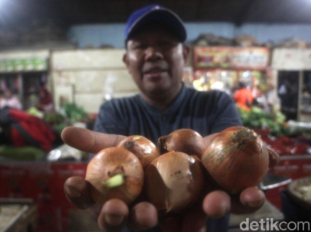 Harga Bawang Bombay di Pasar Sumedang Selangit