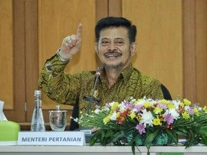 Mentan Gantikan Luhut Jadi Menteri KP Sementara