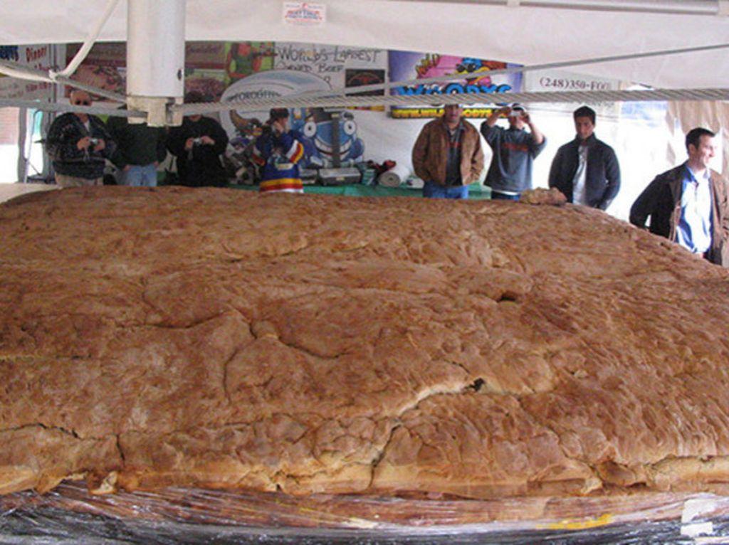 Wow! Inilah Rekor Sandwich Terpanjang hingga Termahal di Dunia