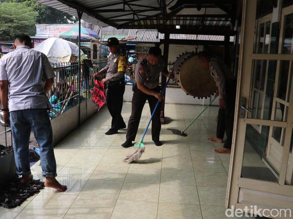 Ini yang Dilakukan Polisi di Ngawi Cegah Penyebaran Virus Corona