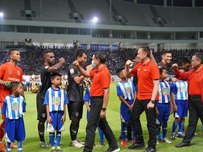 Laga pembuka Liga 2 2020 mempertemukan Persiba Balikpapan dengan Kalteng Putra, Sabtu (14/3/2020) malam WIB.