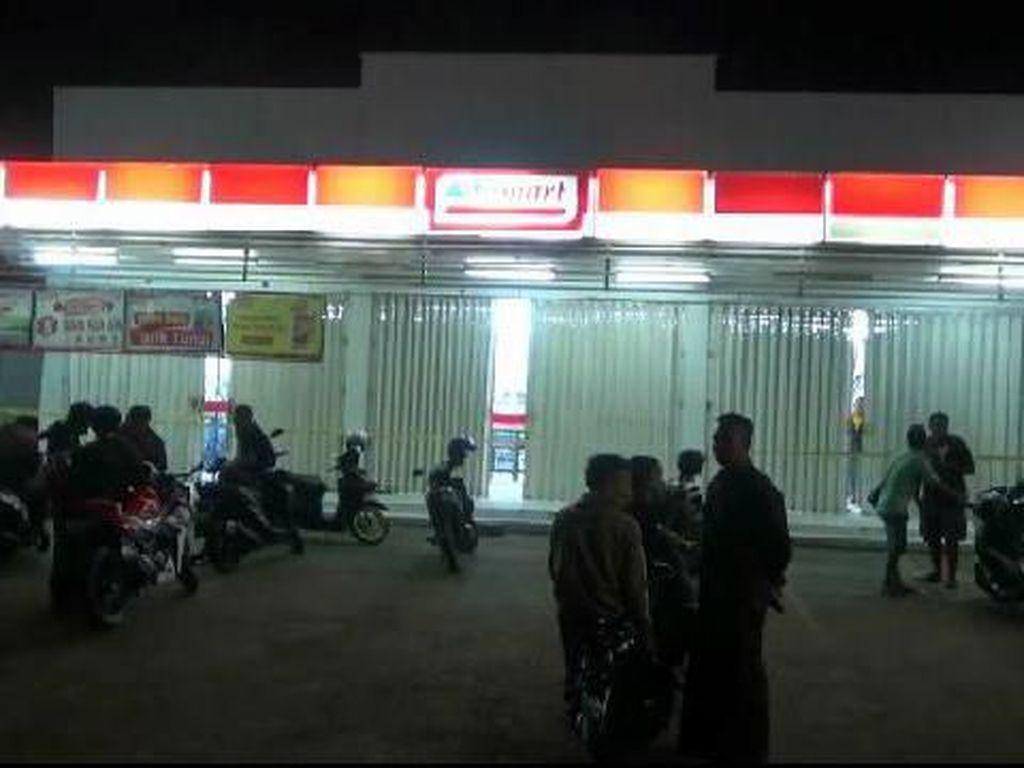 Minimarket di Probolinggo Kerampokan, Rp 20 Juta Raib dan Karyawan Dibacok