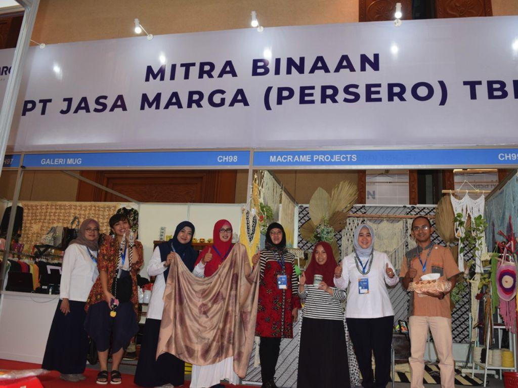 4 Mitra Binaan Jasa Marga Ikut Pameran Indocraft