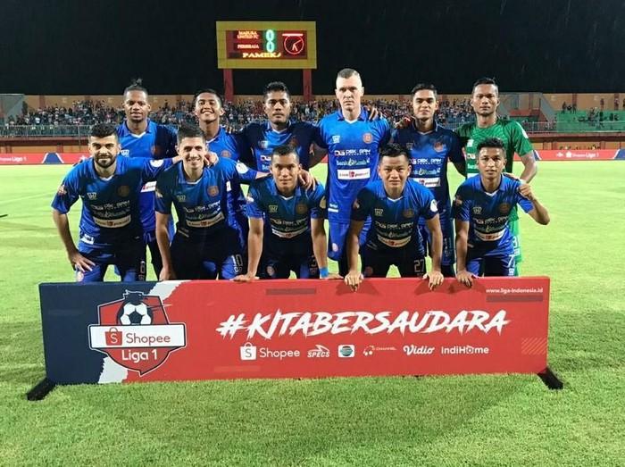 Foto tim Persiraja Banda Aceh saat menghadapi Madura United pada pekan kedua Shopee Liga 1 2020 di Stadion Gelora Ratu Pamelingan, Pamekasan, Selasa (9/3/2020).