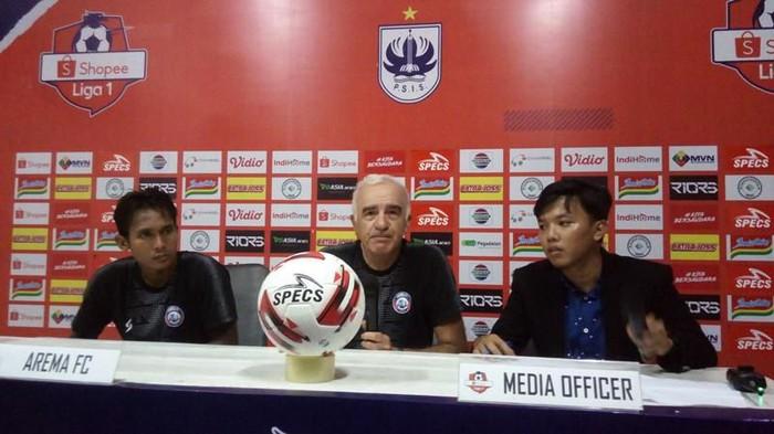 preskon Arema FC usai kalah 0-2 di markas PSIS Semarang