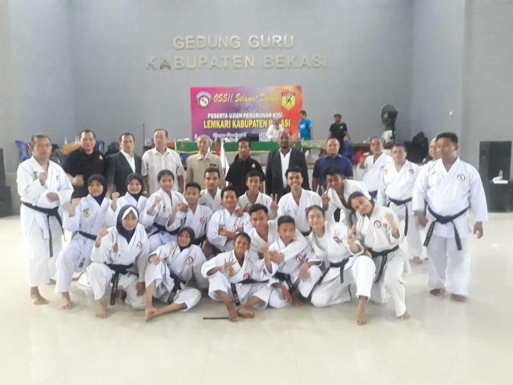 261 Karateka se-Bekasi Ikuti Ujian Kenaikan Tingkat