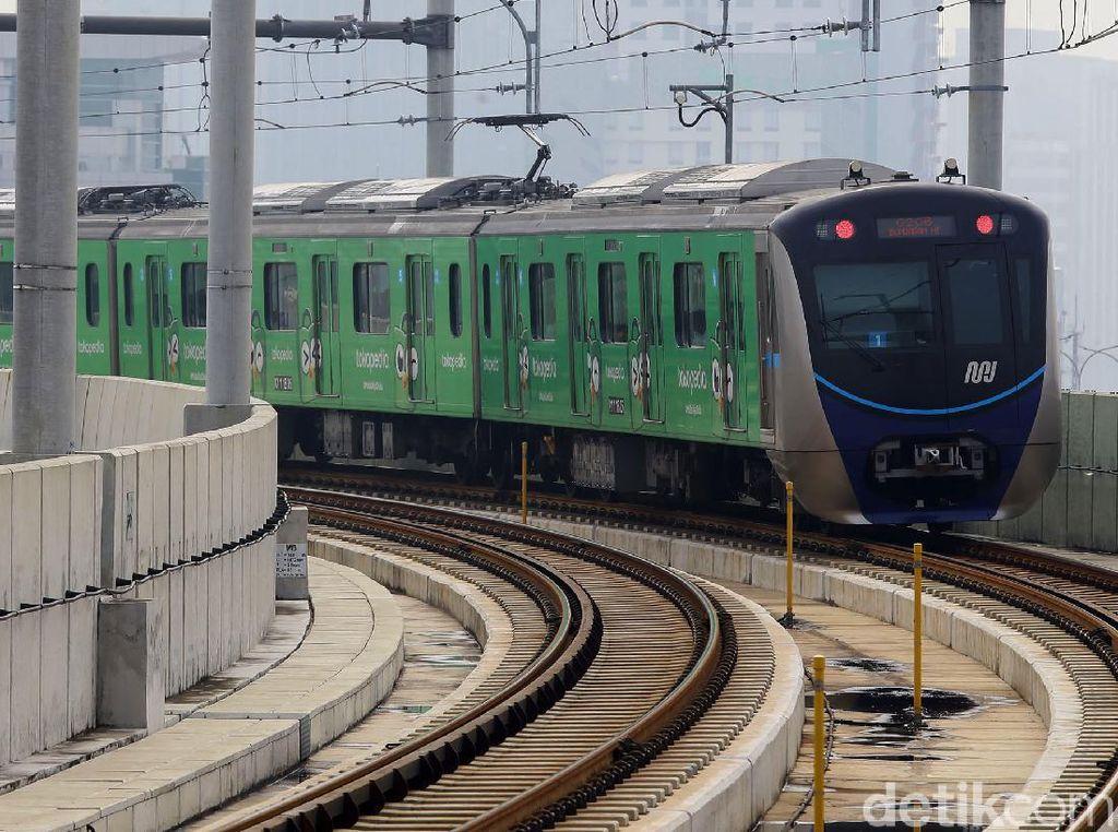 Terimbas Pandemi, Jumlah Penumpang MRT Per Hari pada Mei Hanya 1.405 Orang