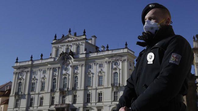 Menteri Kesehatan Ceko Dikecam Usai Langgar Aturan Corona