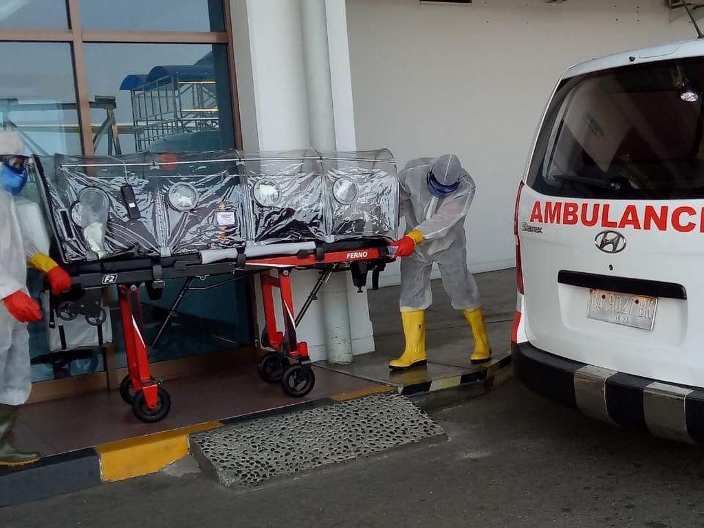Penumpang dari Kuala Lumpur yang Punya Gejala Corona Meninggal di Padang