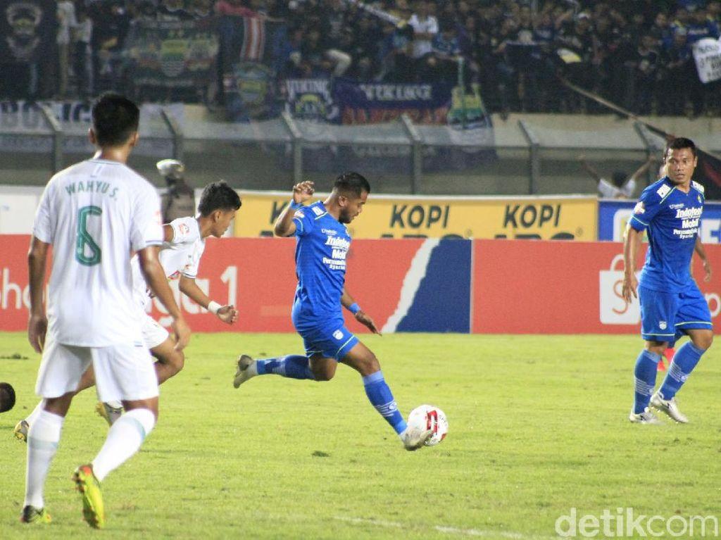 Zulham Zamrun Ungkap Rasanya Debut Kedua yang Singkat di Persib Bandung