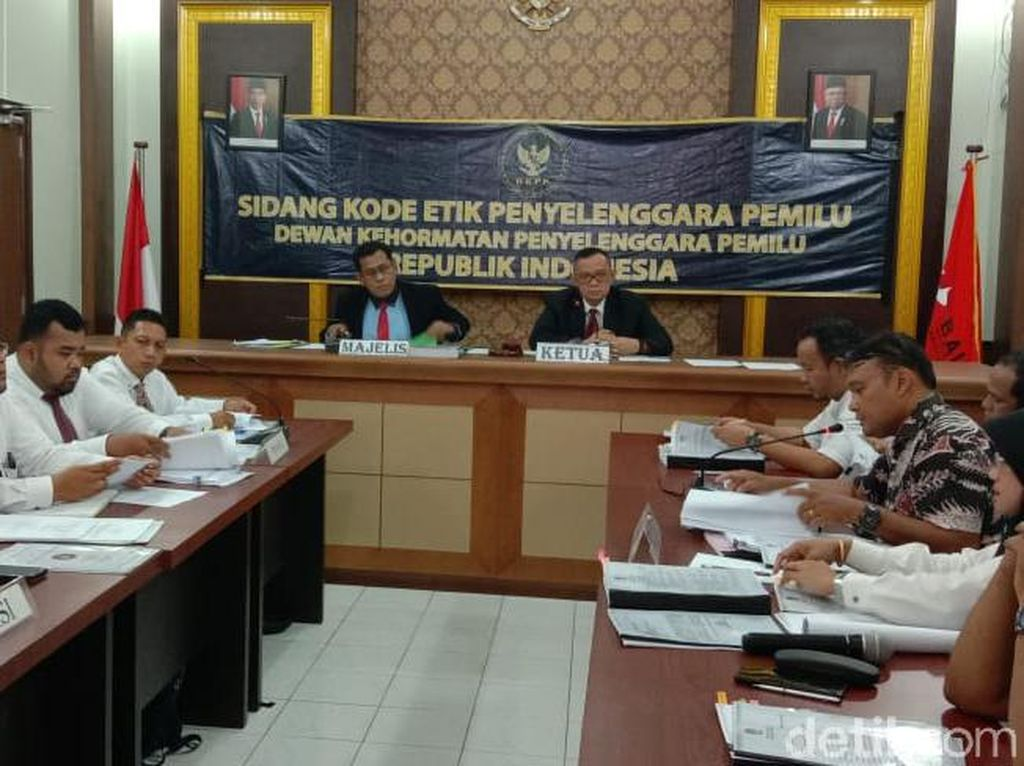 Diadukan soal Ijazah Caleg Gerindra, 7 Komisioner KPU Sumut Disidang DKPP