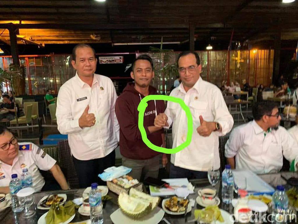 Foto Lama Salam Komando Menhub Dikaitkan Corona